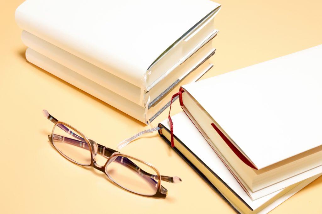 小説の文章力を上げる為に他人の力を借りる方法で書籍から技術を得る