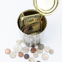 小説投稿サイトで投げ銭で稼げる? 収入を得る為のポイントは?